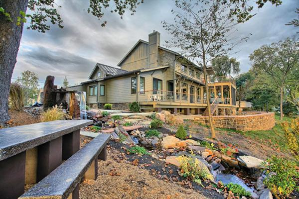 River Lodge, Dauphin County, PA